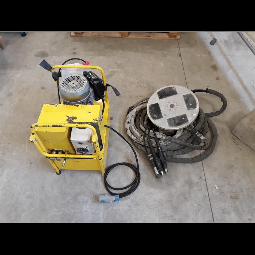 Frattazzo idraulico mod. SL 557 P